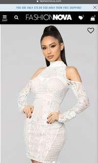 BNWT Fashion Nova Elegant Lace Dress SIZE S