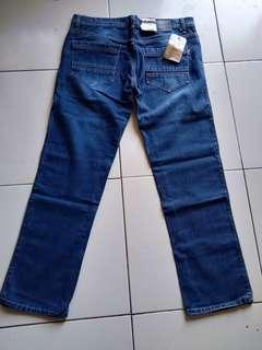 Jeans laki2
