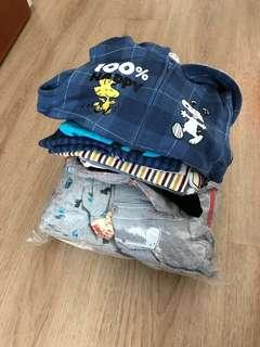 🚚 Bundle of assorted clothes