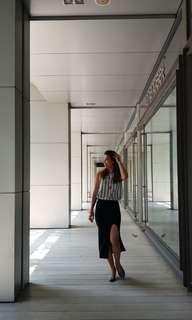 Left high slit black skirt
