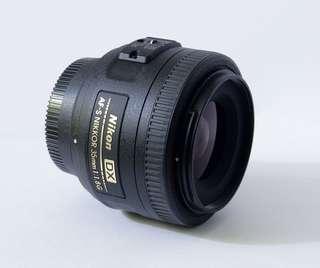 NIKKOR Nikon 35mm F1.8G DX lens