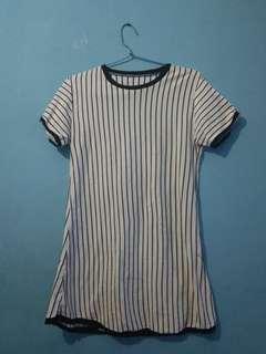 Dress stripte