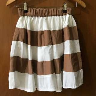 Rok Pendek Mini Skirt Garis Garis Bergaris Coklat Putih Murah