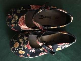 Smartfit shoes size 6