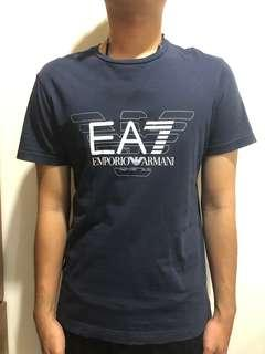 🚚 EMPORIO ARMANI 胸前大logo