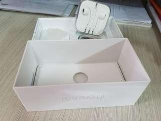 iPhone charger, cable,earphone with box