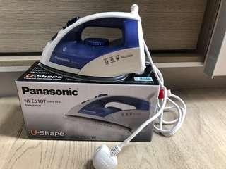 🚚 Panasonic iron