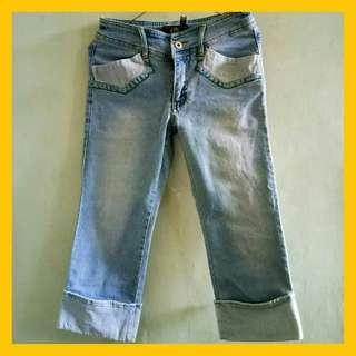 Celana jeans 3/4 recomendeddd