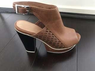 Beau Coops Heels