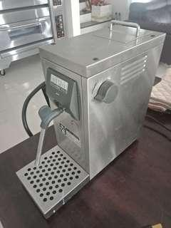 Milk steamer for coffee machine (making latte art)