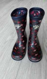 Oshkosh x moonstar 兒童雨靴 雨鞋 19cm 梅雨季節好幫手