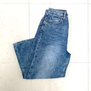 🚚 H&M Petite High Waisted blue denim flare jeans