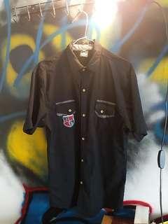 🚚 黑襯衫