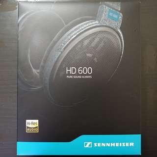 LNIB Sennheiser HD600 w/ local warranty + free balanced cable