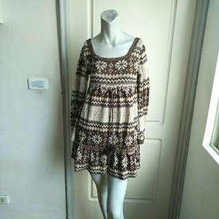🚚 【onsale】大地色系雪花圖案7分袖針織上衣.短洋裝
