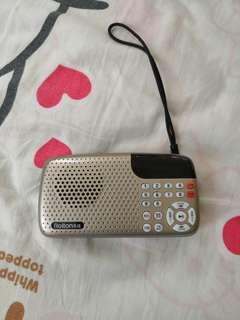 90%new 可插Mirco sd card 播歌追台收音機