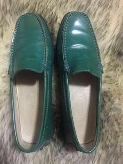 TODS polished leather Career loafer