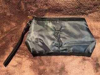YSL purfums pouch 黑色絹質 化妝袋 收納袋 拉鍊 手提包 包平郵費寄出