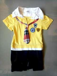 Free shipping! Yellow Babysuit with Tie and Patches