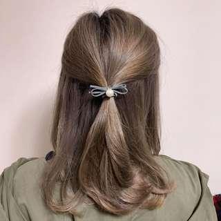 [包郵] 簡約灰色蝴蝶珠珠橡筋 Bow with pearl Hair Band 文青 去街 返工