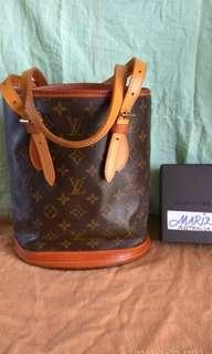 Lv bucket bag pm