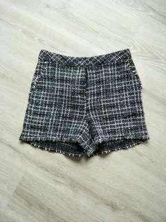 🚚 黑白格紋毛呢短褲