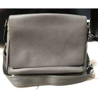 Authentic Louis Vuitton Men Messenger Bag