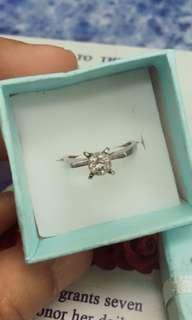 14Karat White Gold Ring w/ 1 Brill