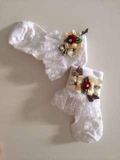 Lovely lace baby socks