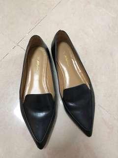 3.1 Phillip Lim 尖頭鞋