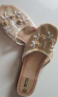 Ladies sandles