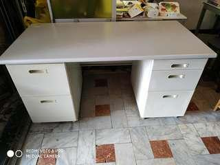 2手雙排抽辦公桌長140公分寬70高74公分台南市區免運費