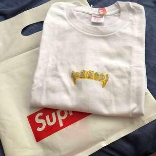 🚚 Supreme Fronts Tee