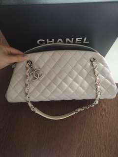 🚚 100% Authentic Chanel Bowler Tote