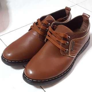 BN Brown Dress Shoe