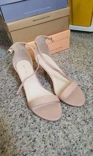 Nude heels  FREE NORMAL MAIL