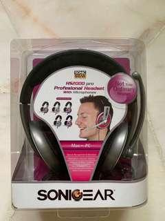 🚚 SonicGear headphones with microphone