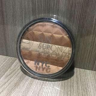 NYC Bronzer and highligter