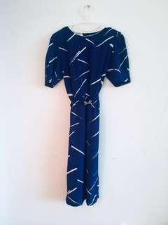 Vintage blue dress with white stroke