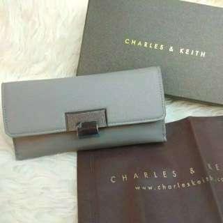 Charles & Keith dompet original