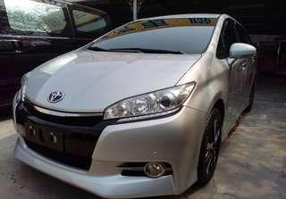 1,廠牌型號:Toyota WISH2.0七人座  2,車輛年份:2013年出廠(123691)km  3,預售金額:48萬9可談  4,所在地區:台中市(歡迎預約看車)  5,聯絡方式:0923 288 838 &LINE:同電話號碼  6,備註說明:實車實價全額貸款,雙安,倒車雷達攝螢幕,皮椅,內裝乾淨無破損,引擎變速箱冷氣底盤皆正常良好,認證保固美車。