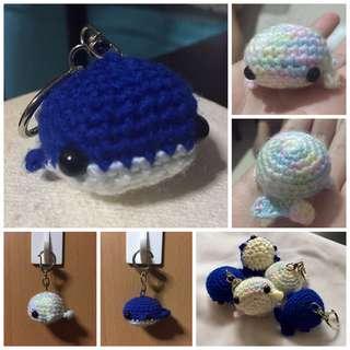 🚚 BN Whale Keychain (Acrylic Yarn)