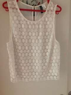 🚚 White Lace Floral Top H&M divided