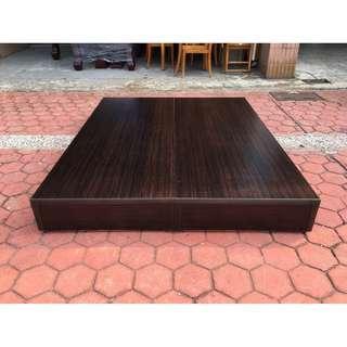 香榭二手家具*全新品胡桃木色 標準雙人5x6.2尺床箱-床底-雙人床-床架-二手床架-中古床-床組-台中家具回收-2手貨