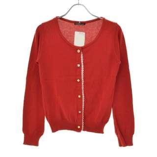 🚚 【C.D.S BASIC日本製 紅色素面蕾絲寶石珠釦百搭圓領長袖針織外套罩衫