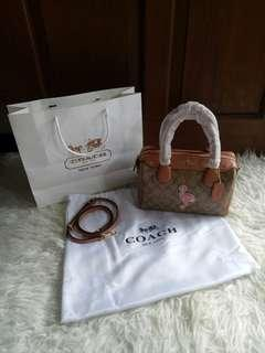 Coach Mini Bannet Flaminggo