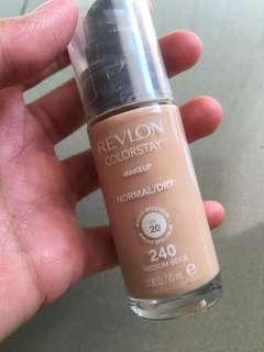 Revlon Colorstay Foundation (240 - medium beige)