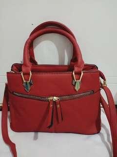 Tas impor merah red