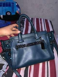 Coach Swagger 27 Authentic