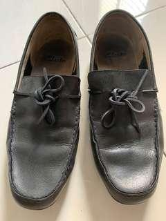 Clarks loafer man
